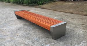 成都公园休闲椅高度设置要符合哪些条件?